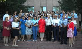 Дипломы профессиональной переподготовки муниципальным слушателям  В настоящее время это первый из 18 районов Кемеровской области где профильные образования получили 80% всех муниципальных служащих районной администрации
