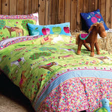 match the horse bedspreads with girl s room
