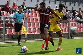 Bayer 04 leverkusen played against borussia m'gladbach in 2 matches this season. F5fxs7ig9y Oum