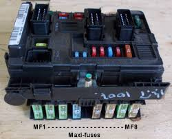 peugeot 1007 fuses fusebox fuse mf1 30a fan assembly fuse mf2 30a abs esp control unit fuse mf3 30a abs esp control unit fuse mf4 60a built in systems interface supply