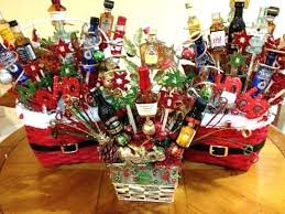 holiday basket ideas homema gift basket ias gift basket ias gifts cute creative holiday baskets for