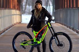 sandra rubesam downhill enduro nukeproof factory racing