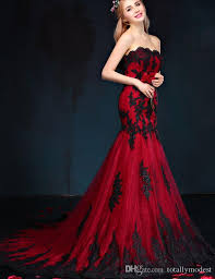 2017 black and red gothic mermaid wedding dresses sweetheart lace