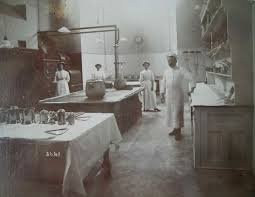 delachaume in a much modified slightly later incarnation of the polseden lacey kitchen c 1905