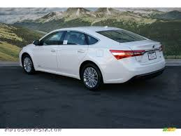 2013 Toyota Avalon Hybrid Limited in Blizzard White Pearl photo #3 ...
