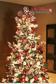 How To Decorate A Candy Cane Christmas Tree Candy Cane Christmas Tree to show off your beautiful Christmas 4