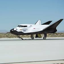 Dream Catcher Airplane Dream Chaser Space Vehicle Sierra Nevada Corporation SNC 38