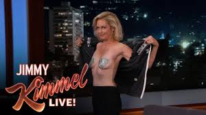 Alexandra Wentworth Ali Wentworth And Miley Cyrus Flashed Each Other Youtube
