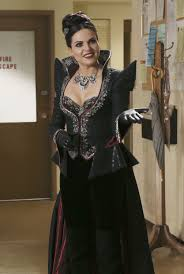 Costume Spotlight Once Upon A Time Regina The Evil Queen Bella.