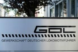 Die gewerkschaft deutscher lokomotivführer will zum streik bei der deutschen bahn aufrufen. Vxiskzzf1ldmim