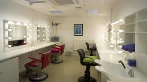 best light for applying make up make up and hair rooms pro rolling studio makeup