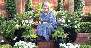 video green and white garden magic with jubilation gardenia