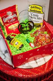 louisiana goos gift box with recipe booklet