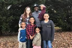 Spendenkampagne von Amanda Andrews: Help for the Solomon Family