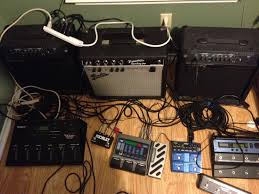 it is sort of a wet dry wet setup the princeton in the middle gets the guitar signal without any effects though that does have pression