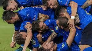 Quella Nazionale italiana di laureati e studenti, agli Europei di calcio -  22.06.2021, Sputnik Italia