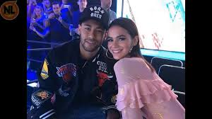 Pai de Neymar Quebra o Silêncio e Fala sobre o Fim do Namoro de Bruna  Marquezine e seu Filho - YouTube