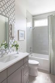 Remodel Bathroom Shower 17 Best Ideas About Small Bathroom Remodeling On Pinterest Small