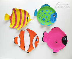 these paper plate tropical fish have bright cheery and vibrant colors there s no doubt