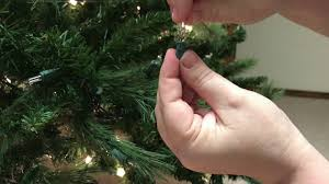 What To Do When Pre Lit Tree Lights Go Out How To Replace A Single Light On A Pre Lit Christmas Tree