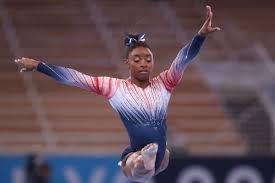 Simone Biles wins bronze in Olympic ...