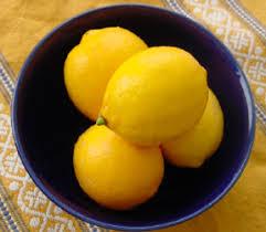 http://cookingwithamy.blogspot.com/2006/02/all-about-meyer-lemons.html