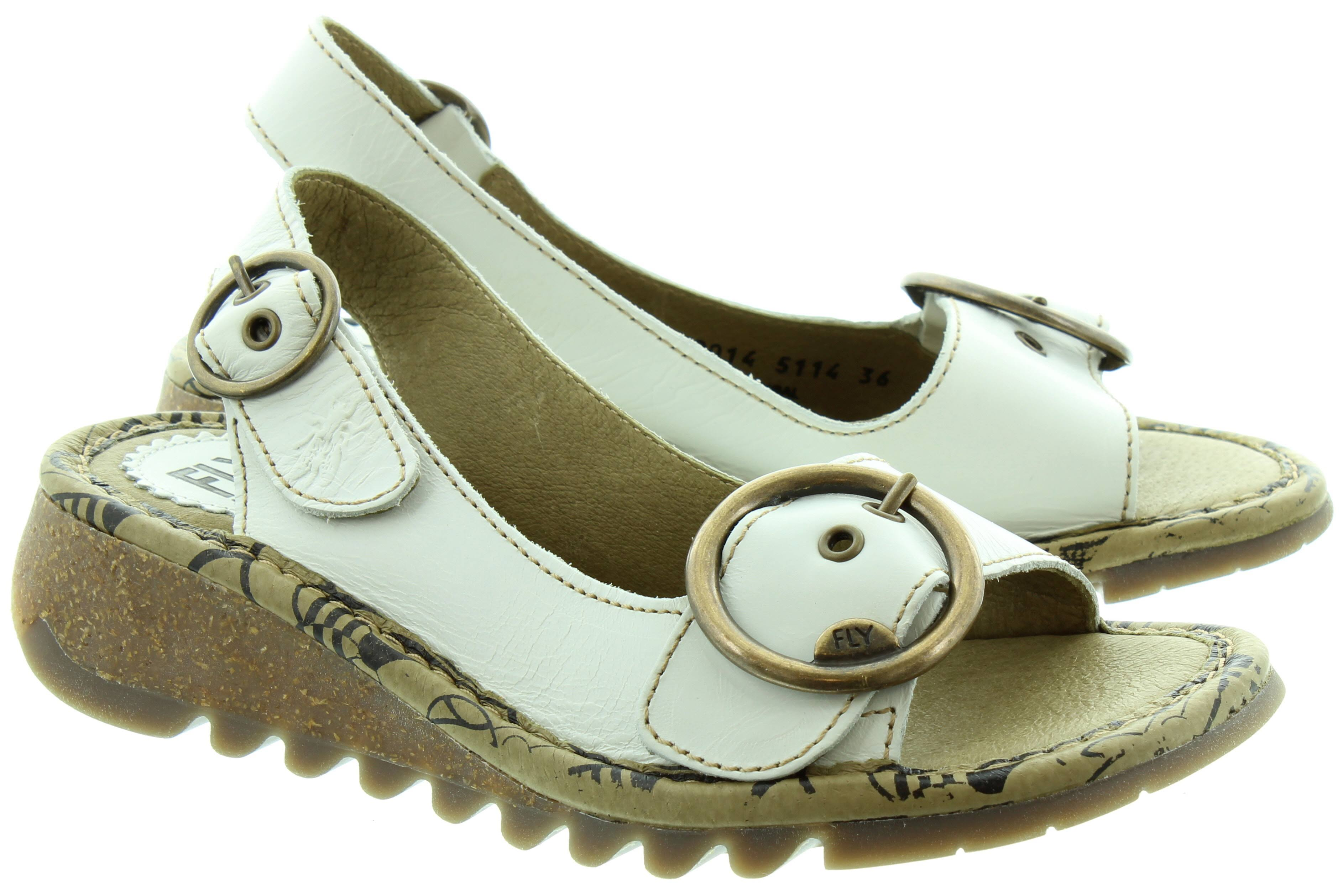 Beige Buckle White black off Tram Sandals Fly In Off London pwFxgqEg