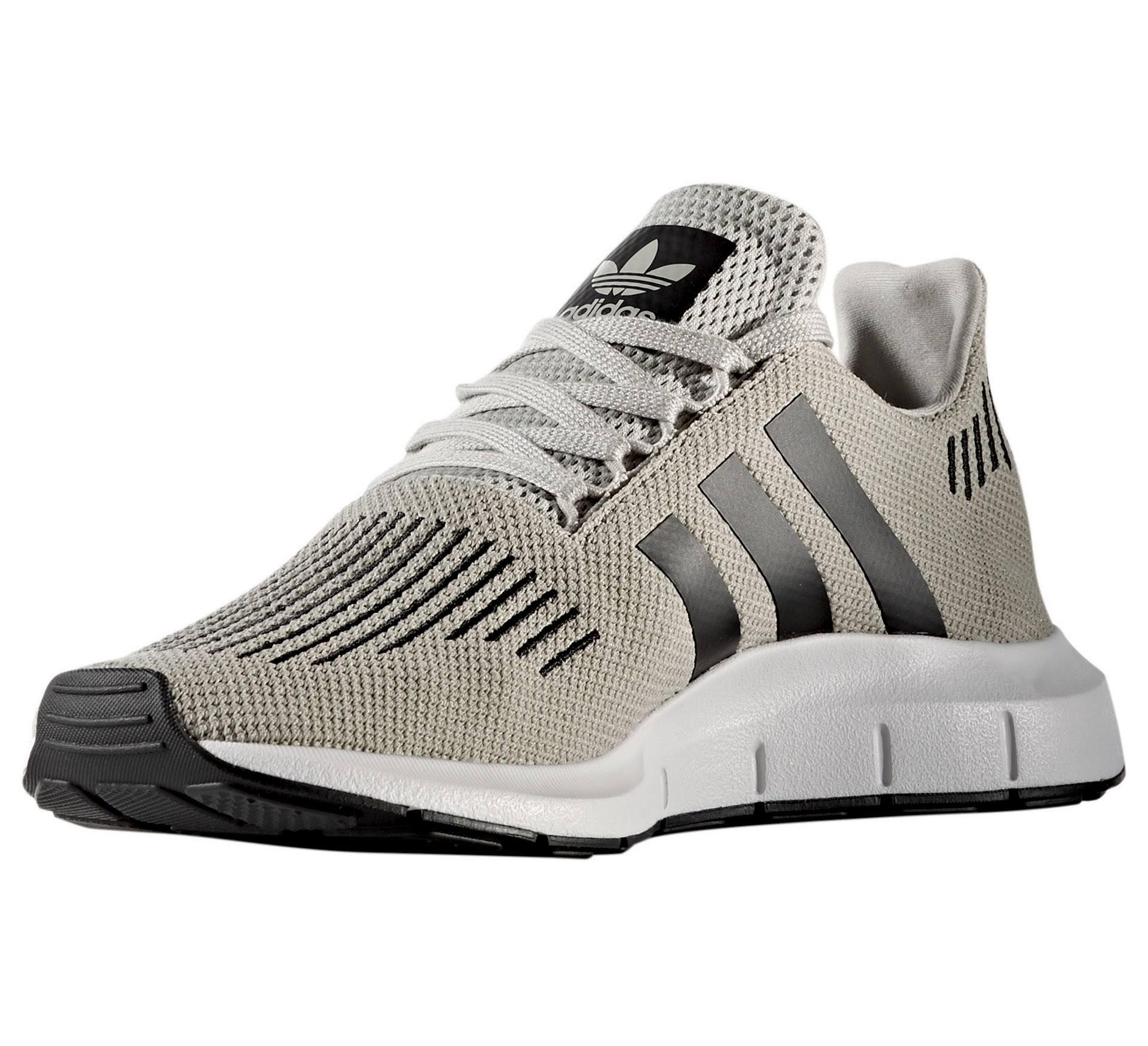 Adidas Mehrfarbig Schwarz Swift Herren Run core sesame Sneaker Schuhe Beige Originals White ftwr Black TTxqwnr