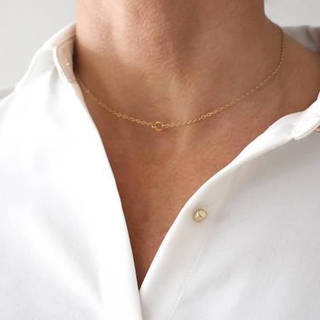 You need these 90s chokers in your jewellry box.