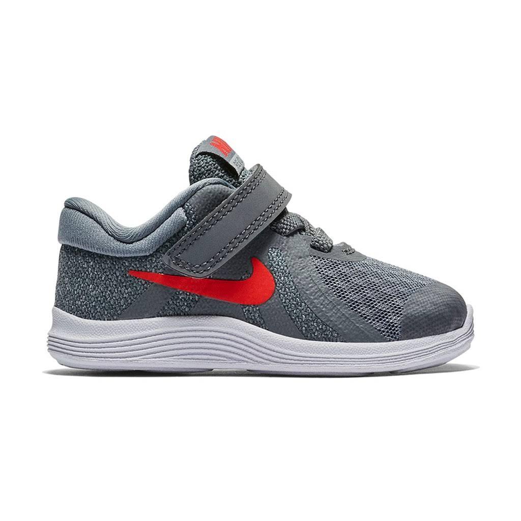 De Tamaño Para Gris Zapatillas Niño Pequeños Niños 4 Revolution Nike 6 Deporte T U6HRHz1cd