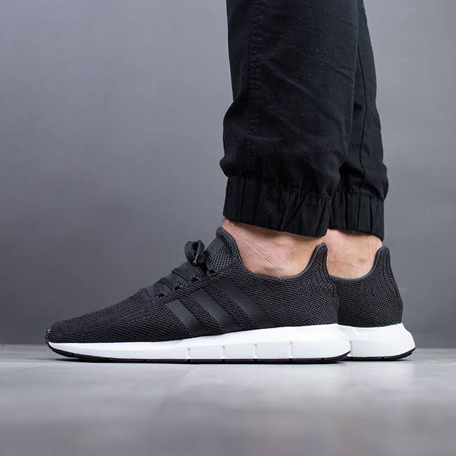 mediumgreyheather Cq2114 carbon Sneakers Shoes Swift Men's Adidas Black Originals coreblack Run 1vgP7nWqw
