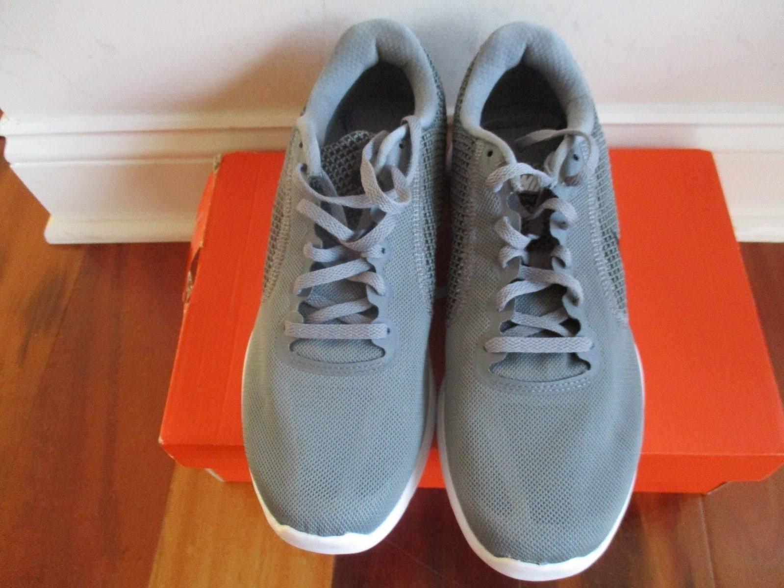 Style Nike Mens Revolution 819300 8 3 Größe Grau Zqqtw4zn1